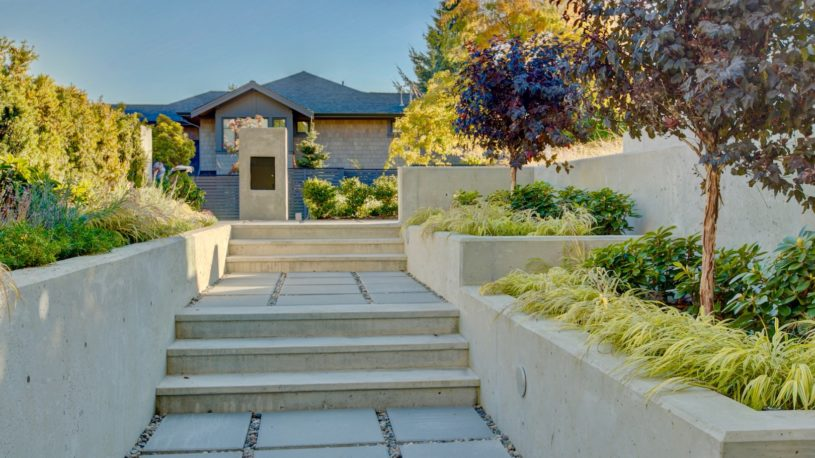 Landscaping in West Vancouver